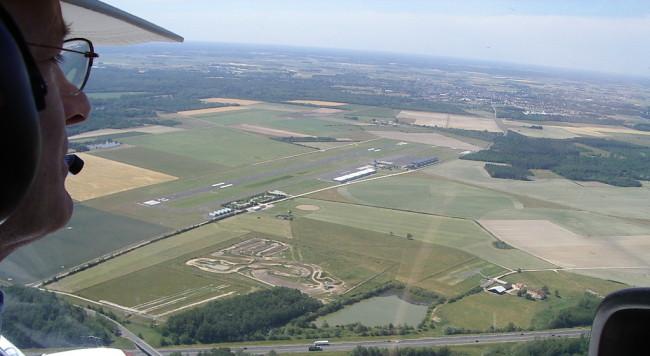 Aérodrome d'Orléans Saint Denis de l'Hôtel