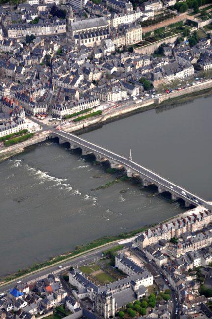601 Blois
